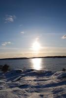 Havets solreflektioner en vinterdag.